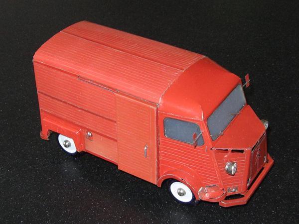Bouwtekeningen v.e. blikken model Citroen HY