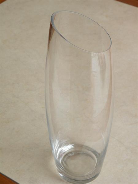 Vaas, glas, apart model.