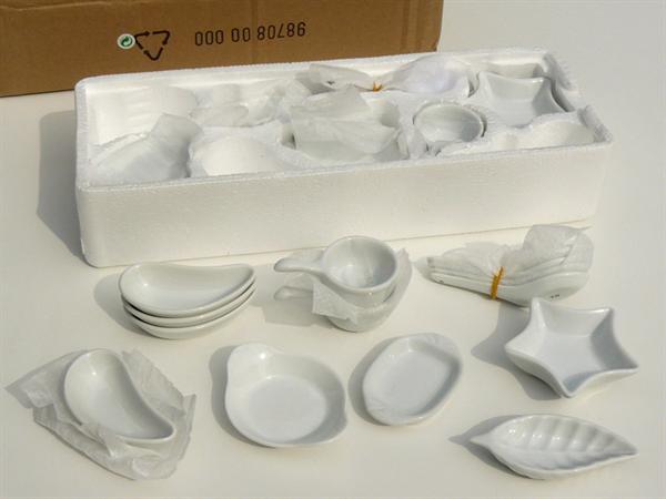 Porseleinen serviesje met 32 stuks