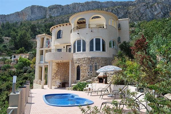 6 Pers. villa met fenomenaal uitzicht in Calpe