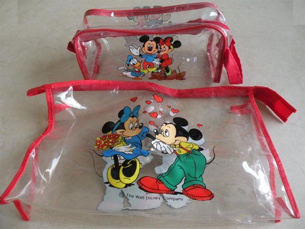 2 Mickey Mouse toilettassen.