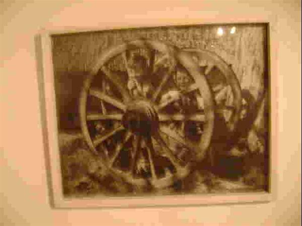 Foto met witte omlijsting  antiek.